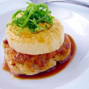 節約&ヘルシーに♪ふわふわ食感の豆腐ハンバーグレシピ
