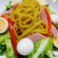 カレースパとうずら卵のサラダ