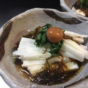 梅肉天盛り山芋ともずくの酢物