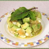 アボカド&えび&ゆで卵のグレインズサラダ