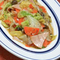 フライパンで簡単!ほっこり晩ご飯はさっぱりだけど旨い〜白菜とハムのうま煮。