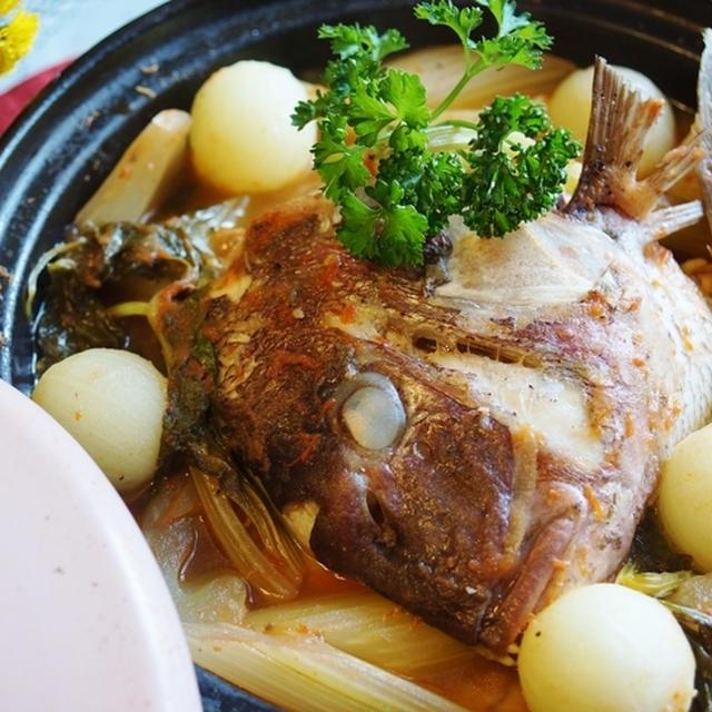 愛菜とまとで新風!!和風イタリアン【鯛の兜煮です♪】