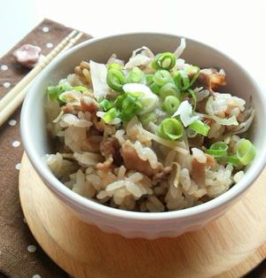 ごぼうと豚肉の生姜炊き込みご飯☆