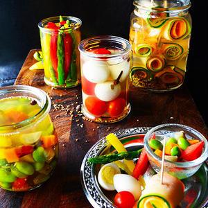 夏の常備菜やお弁当の箸休めに♪夏野菜の爽やかピクルスレシピ