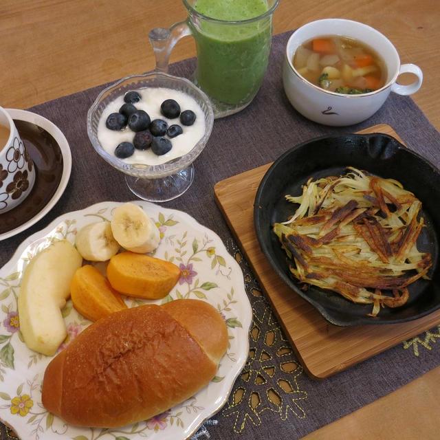 ニトスキでハッシュドポテトの朝食 と やる気ゼロなカレーの晩ご飯♪
