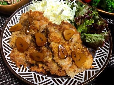 【レシピ】手軽にパパッとハレの日!ポークのパネソテー/ 「にんべん オイスターの風味と粗挽き黒こしょう薫るポークソース」で(モニターコラボ)