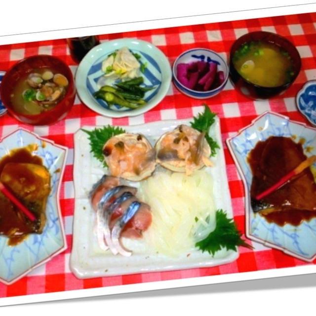 鯖の味噌煮と刺し盛り
