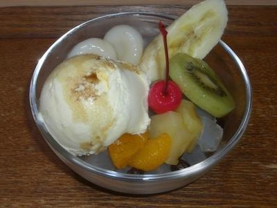 クリーム白玉みつ豆