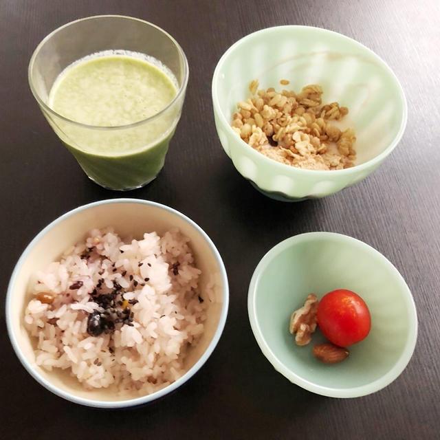 SAT 10/17/2020【幼児食・3歳】小松菜とキャベツとりんごのスムージー